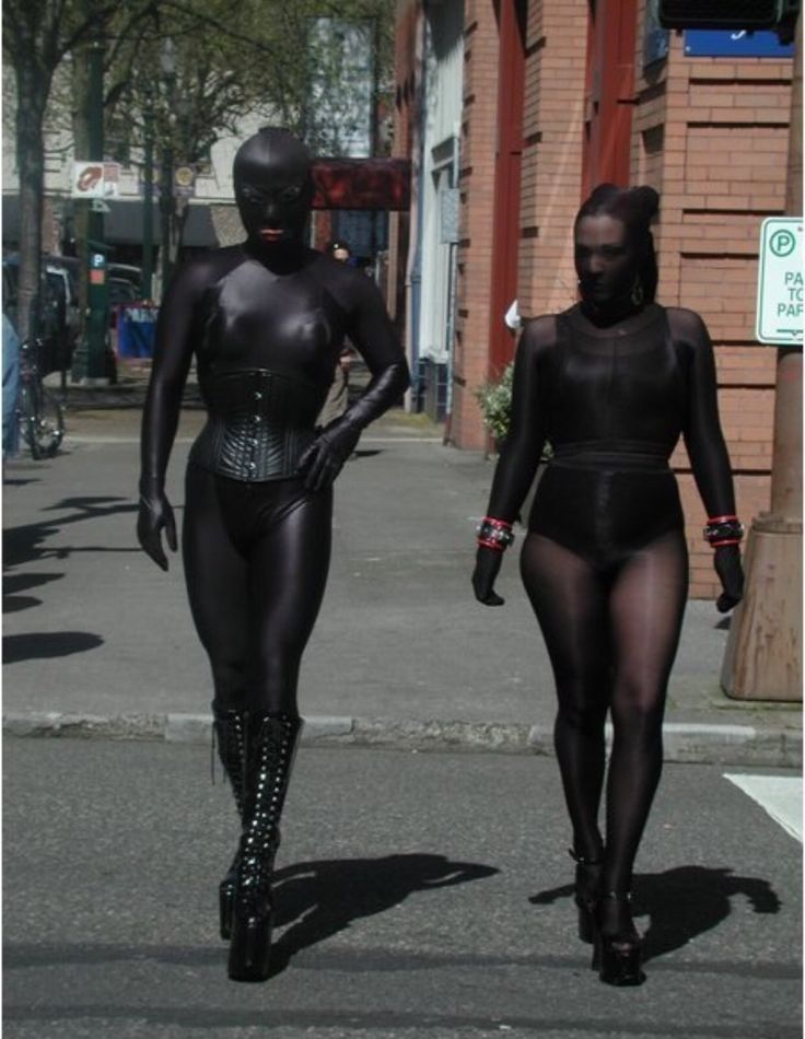 Tights encasement