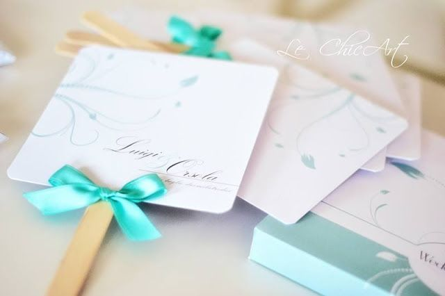 MY WEDDING: TABLEAU, GUESTBOOK, VENTAGLI, SCATOLE PORTARISO E SEGNAPOSTO TIFFANY BLUE FIRMATI LE CHIC ART By www.SomethingTiffanyBlue.com