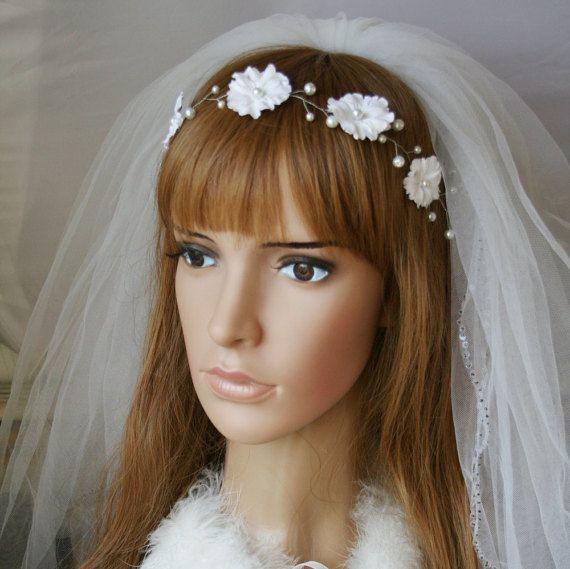 White bridal flower crown Wedding crown Flower girl wreath