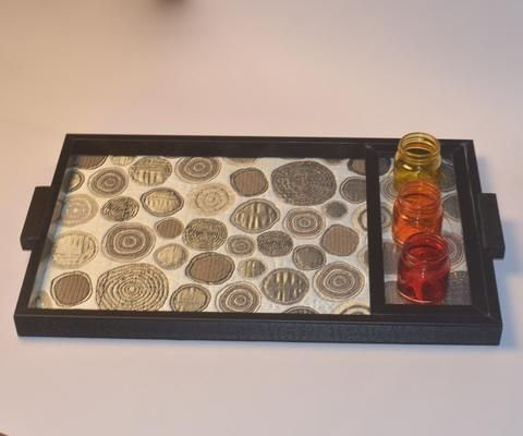 Wooden Snacks Serving Tray or Trays, Circle Design - FOLKBRIDGE.COM | Buy Gifts. Indian Handicrafts. Home Decorations.