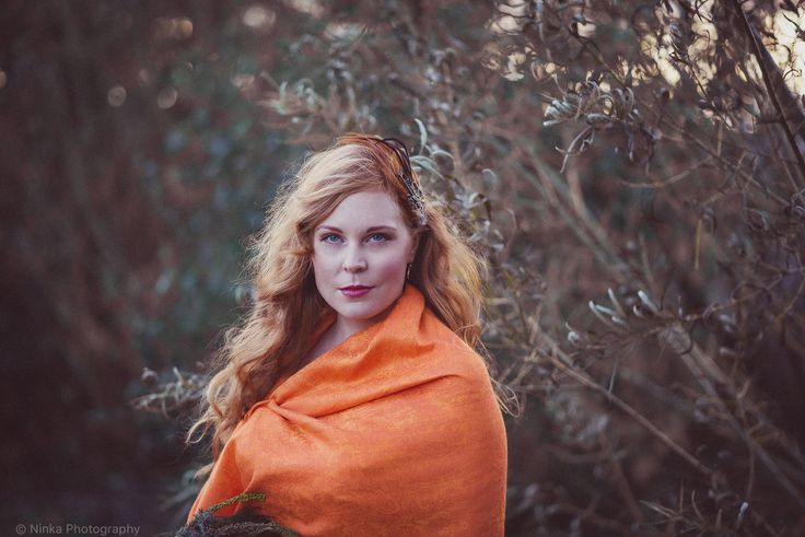 Photo & headpiece: Nina Röntynen / Ninka