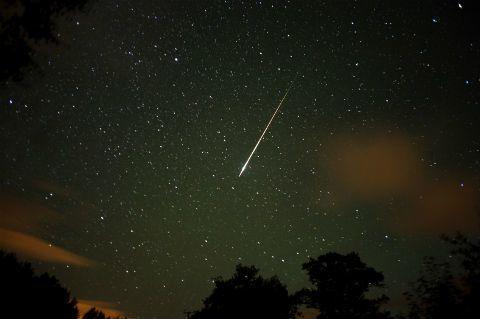Hoy será la lluvia de estrellas Perseidas más memorable de la década