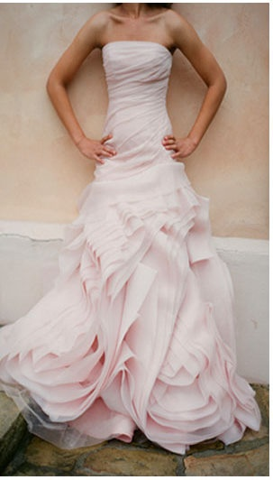 Gorgrous pink wedding dress.. slightly obsessed.
