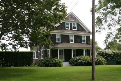 memorial day hamptons rentals