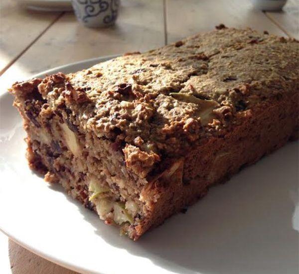 Ideaal voor de start van het nieuwe jaar is deze Appel Havermoutcake van Suzanne. Lekker en ongegeneerd kunnen snoepen omdat het zo gezond is.