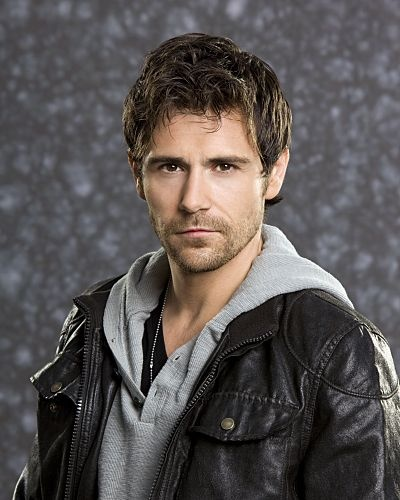 Matt Ryan - played Mick Rawson on episode of Criminal Minds and then in spin-off series. I watched it just because of him!