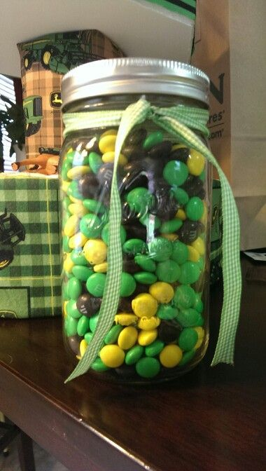 John deere baby shower game. Guess how many m&ms are in the mason jar