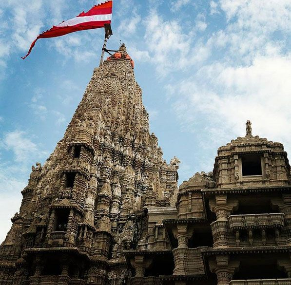 Dwarka, Gujarat, India Create your trip plan to Dwarka - www.TripJinnee.com #dwarkadhish #dwarka #krishna #Jagadmandir #temple #jagad #hindu #Ranchodji #iscon #krishnabirth #birth #Janmashtami #Gokulashtami #incredibleindia #travel #traveltoindia #trip #tripplan #gujarattourism #beautiful #tripjinnee