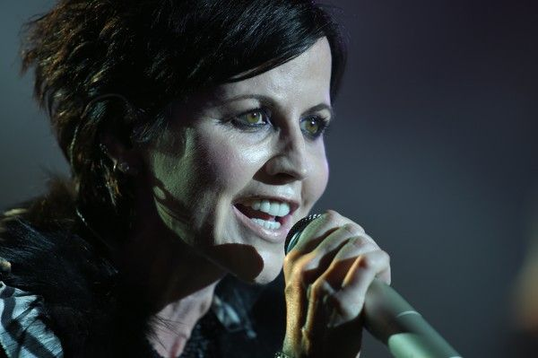 Dolores O'Riordan Photos - Irish singer Dolores O'Riordan of Irish band The Cranberries performs on stage during the 23th edition of the Cognac Blues Passion festival in Cognac on July 07, 2016.  / AFP / GUILLAUME SOUVANT - Dolores O'Riordan Photos - 11 of 37