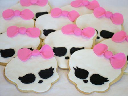 Resultados de la Búsqueda de imágenes de Google de http://www.asweetcake.com/wp-content/uploads/2012/03/2012-03-02_monsterhighcookies.jpg