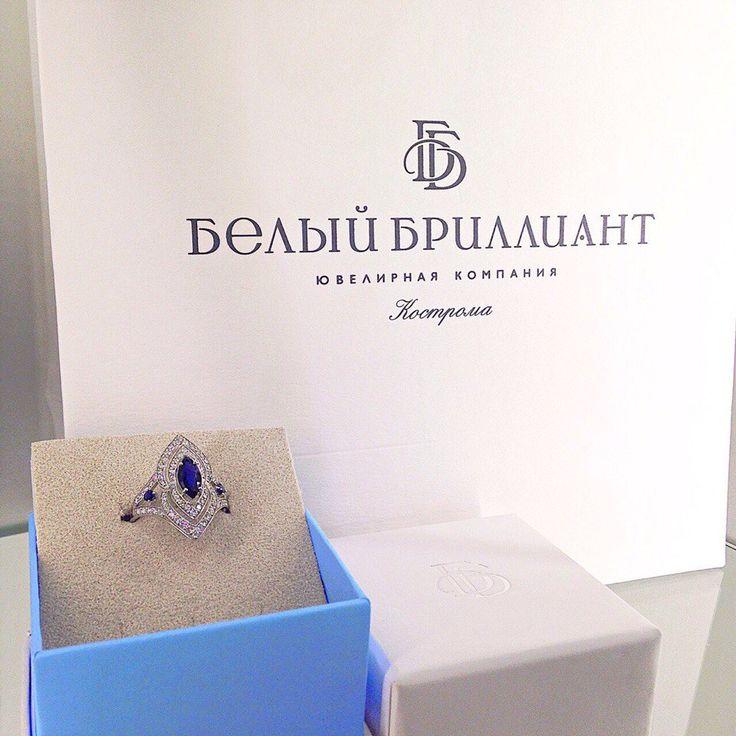 http://white-diamond.ru/catalog/koltsa.html?added_collection=10,12,13,14&color=Белый&probe=585  Сапфир – камень, дающий верность, целомудрие и скромность, приносит счастье в любви. Он способен помочь найти цель в своей жизни, преодолеть все страхи и депрессии, приносит душевный комфорт, делает человека спокойным, укрепляет благоразумие, укрощает страсти.  На фото кольцо из белого золота с сапфирами и бриллиантами (арт. 1-11-0487-210)  Наличие и цены украшений уточняйте по телефону 📞…