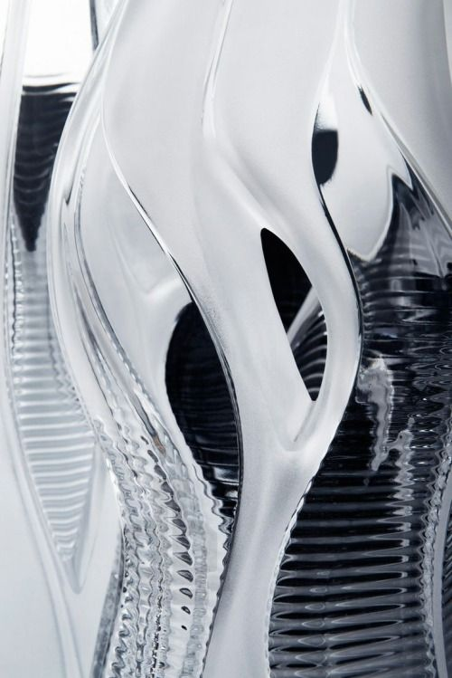 fiore-rosso:  Zaha Hadid. Crystal architecture collection for Lalique