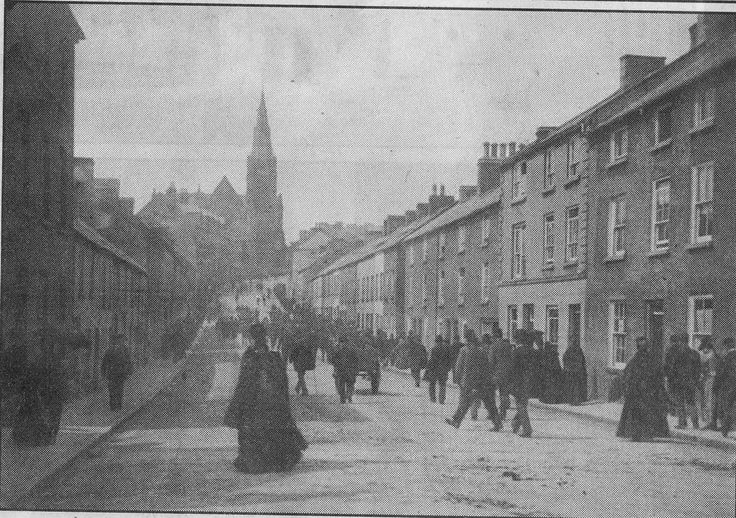 Perry Street & Church Street on a Sunday - Dungannon