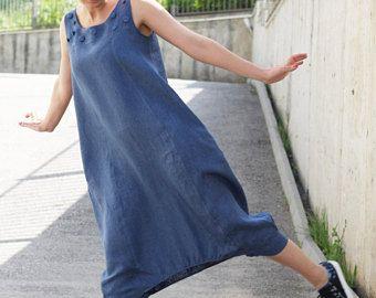 Trendy vrouwen partij harem jumpsuit. Zo praktisch en handig. Zo makkelijk om te dragen. Dit is uw favoriete losse zomer overalls. Draag te allen tijde en bij elke gelegenheid. Je ziet er altijd cool.  Alle kledingstukken zijn handgemaakt!  Vergelijkbaar model: https://www.etsy.com/listing/257324950/jumpsuit-drop-crotch-jumpsuit-harem https://www.etsy.com/listing/536551205/linen-jumpsuit-white-jumpsuit-plus-size https://www.etsy.com&...