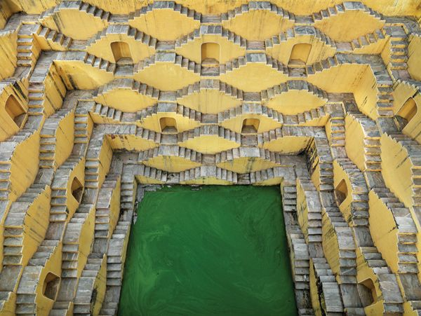 Edward Burtynsky, Stepwell #2, Panna Meena, Amber, Rajasthan, India, 2010