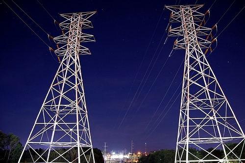Are municipal utilities more resilient during disasters? | Grist