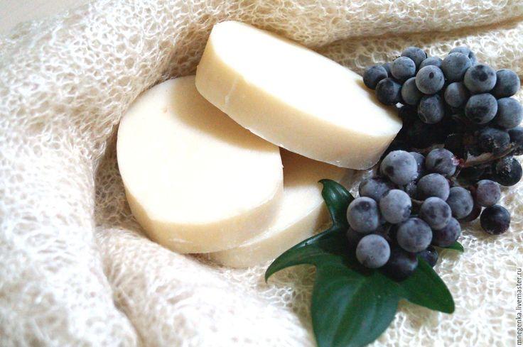 """Купить Натуральное мыло с нуля """"Снежный виноград"""", мыло с нуля в интернет магазине на Ярмарке Мастеров"""