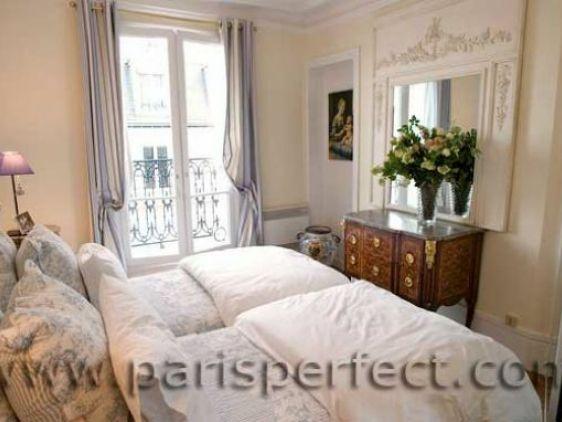 Best 25+ Parisian style bedrooms ideas on Pinterest   Teen ...
