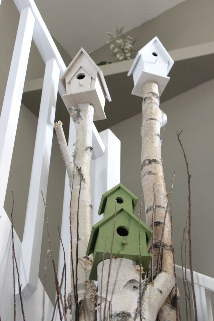 Bird house themed wedding. I have the wood already for these poles. dean and I gathered on our way home from Shelburne Farm the night we all went for the bridal Affair. Kind of a nice OD to that night!