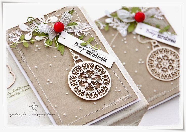 Fabulous look—love the red accent—handmade Christmas card with laser-cut ornament  keepsake❣