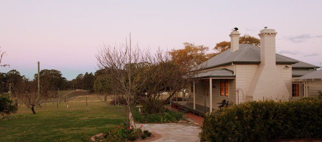 The #Cessnock CBD is only 7 minutes drive from Bonnay, the holiday house in Pokolbin. Historic #Wollombi is also 15 minutes drive away and here you can discover a new breed of #vineyards and #olive producers. www.OzeHols.com.au/38