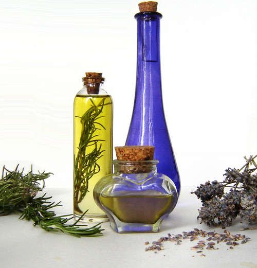 Infused Oil Tutorial - super easy  @Nikki Harkins, I will come buy oils from your apothecary stand!
