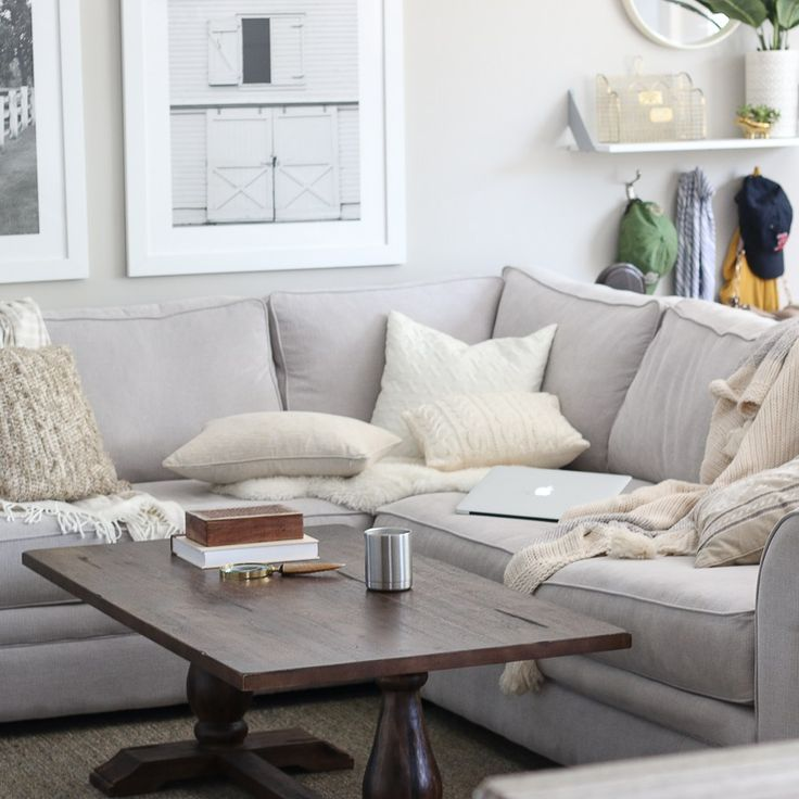 It's finally starting to feel a bit crisp out there, and we're loving every minute of the fall season. Here are ways to cozy up your home for fall.