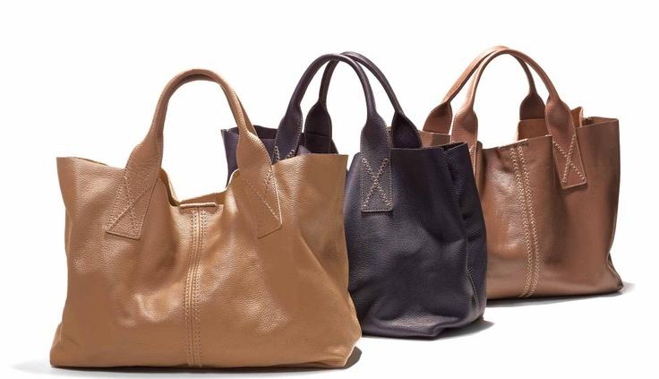 #Sisley, leuke tassen, al moet ik nog een tijdje mijn schoudertas dragen met die weglopende peuters van ons