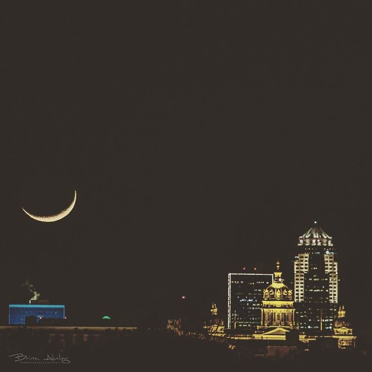 crescent moon over des moines iowa with my comic book style edit taken last night from state fair grounds by abelingb liked instas pinterest des