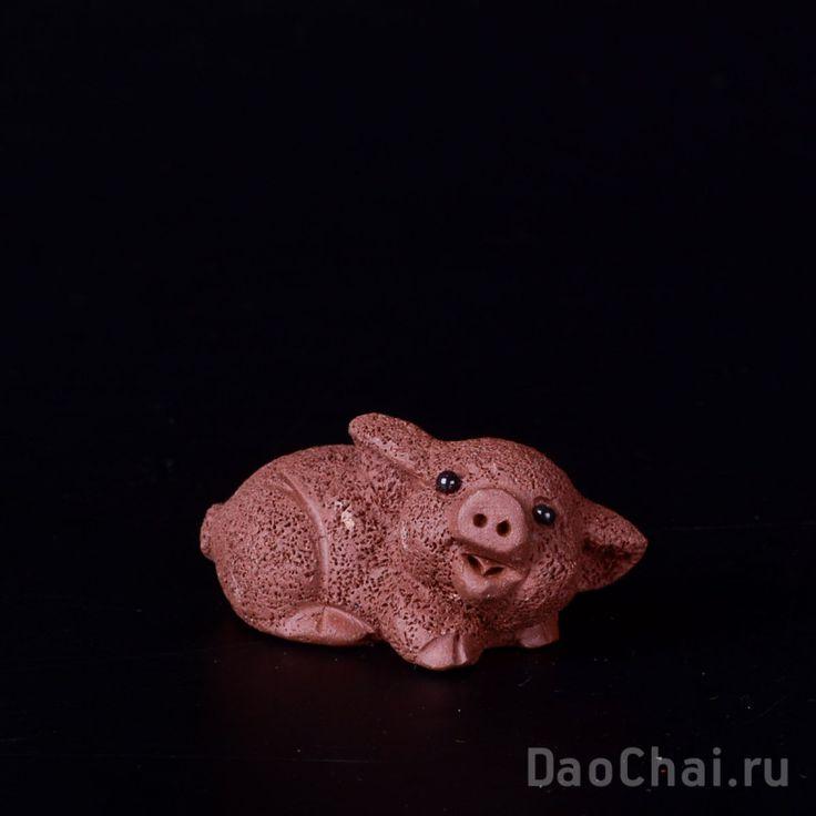 Поросенок бурый (глина, ручная работа) купить в магазине daochai.ru