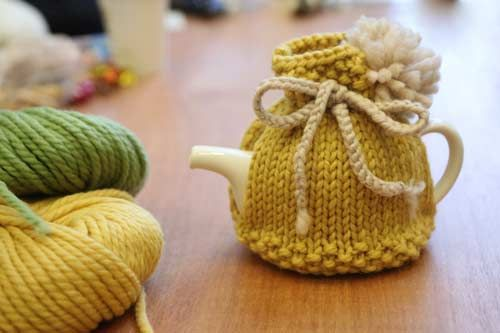 Remember our Knit in Public Day? Remember that amazing tea-cosy Lisa knitted? She sent us the pattern! We were so excited we tried it out ourselves, just for you (well, maybe a little bit for us too). Our teacosy isn't quite as pretty as Lisa's but we love it! It's a pretty good pattern for [&hellip