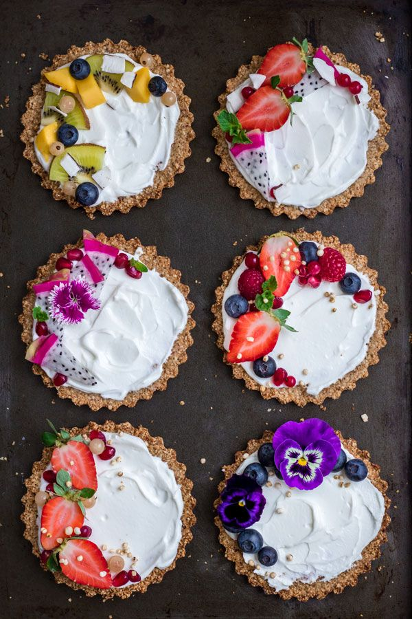 These breakfast pecan granola tarts are a fun twist on a granola and yogurt bowl. They're perfect for a fun brunch, or just everyday