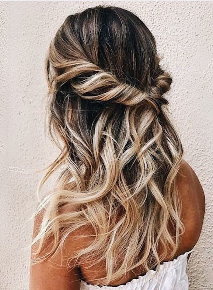 37 stunning half up half down hairstyles for the trendy bride
