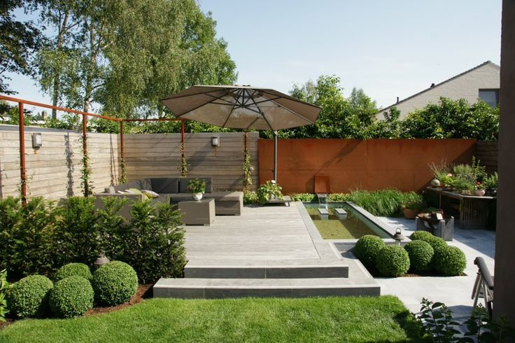 Vlakverdeling tuin buxusbollen tuin pinterest gardens modern and backyards for Tuin modern design