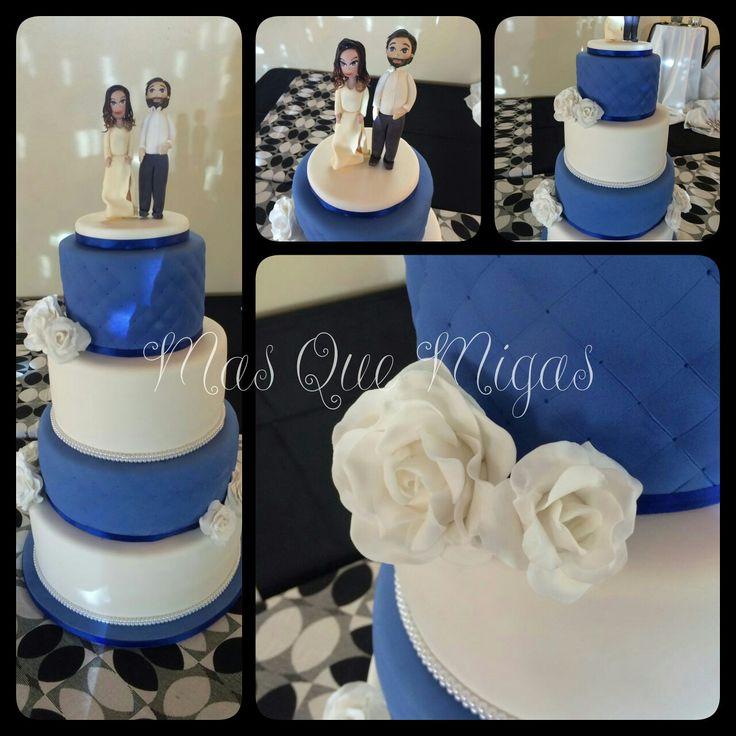 Torta bodas fondant, elegante y sobria