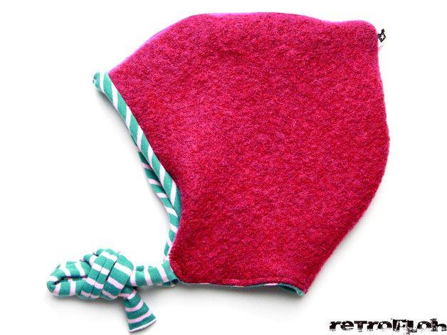 **Kinder Wichtelmütze aus 100% gewalkter Wolle mit Jersey- oder Teddyfutter!** Diese hübsche Kinder Wichtelmütze ist aus hochwertiger Walkwolle genäht und für einen tollen Tragekomfort mit Jersey...