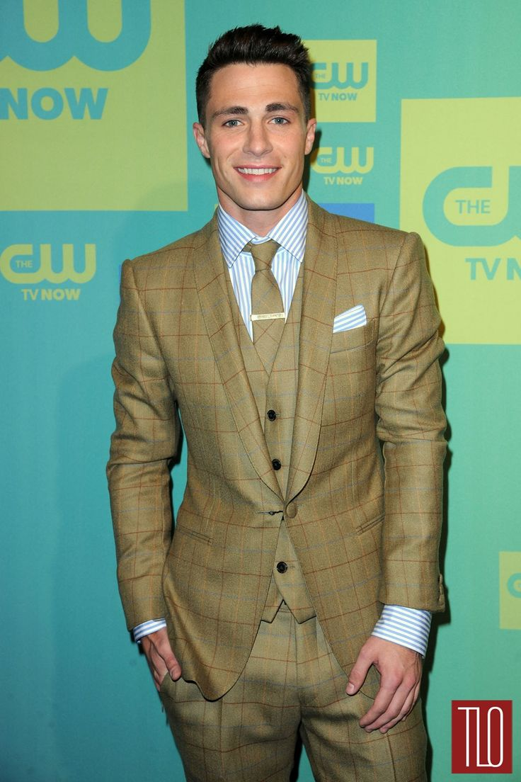 Derek jeter mens hairstyles colton haynes casual hairstyle - Colton Haynes Attends The Cw Netwo