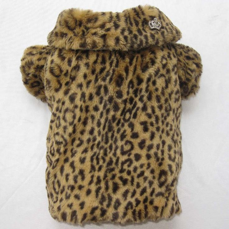 Type: Dogs Material: Feather Season: Autumn/Winter Pattern: Animal Brand Name: zhous Colour: brow Application: Small Animals Apparel & Accessory Type: Coats, Jackets & Outerwears Fabric: Fur