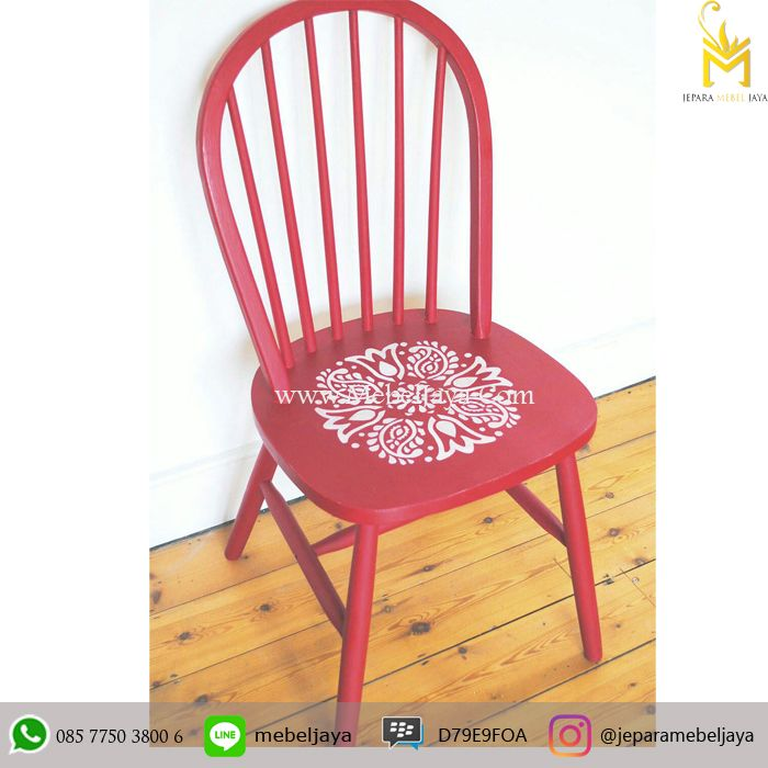 Kursi Cafe Cantik - Jual kursi cafe desain retro finshing duco dengan beragam warna softly banyak pilihan untuk cafe Anda.