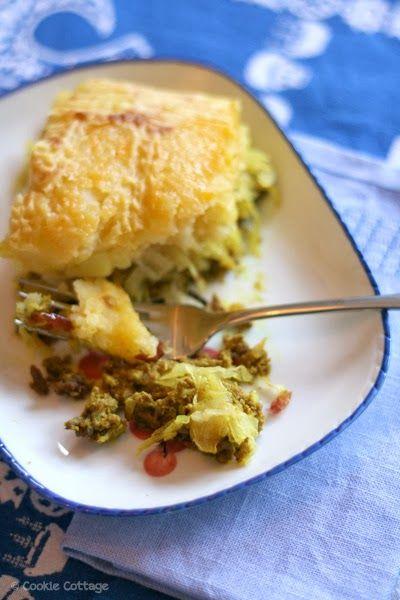 Zuurkool ovenschotel met gehakt, aardappels, kerrie en fruit