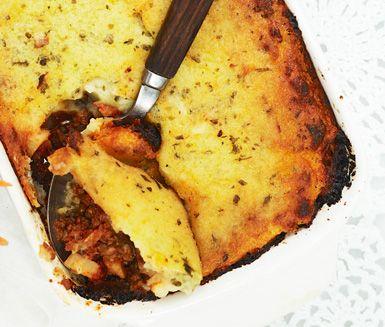 Shepherd´s pie är en matig paj, eller snarare gratäng, som fyllts med köttfärssås och toppats med potatismos. Perfekt en ruskig höstkväll.