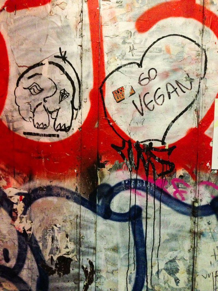 #barcelona #reisen #spanien #teil #veganspain #veganes T