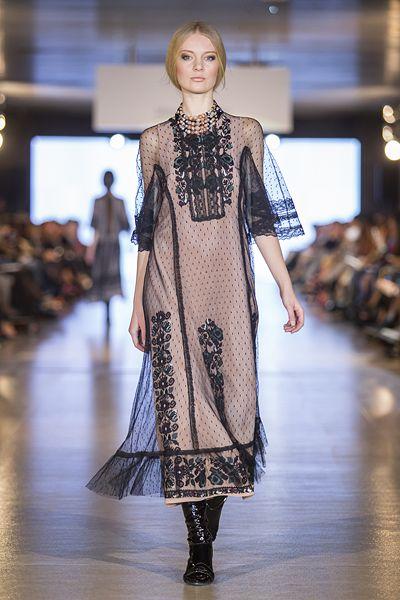 Clothes divakaruni essay