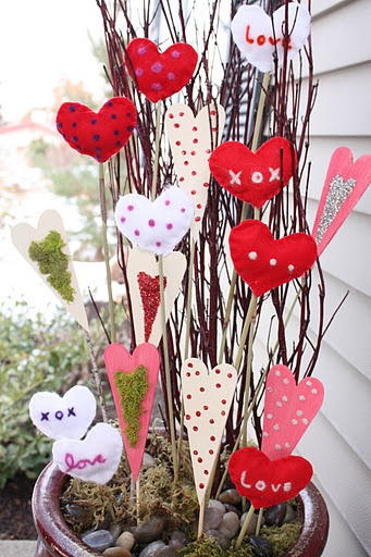 Sweet Little Heart Valentine Sticks To Decorate Your Potted Plants