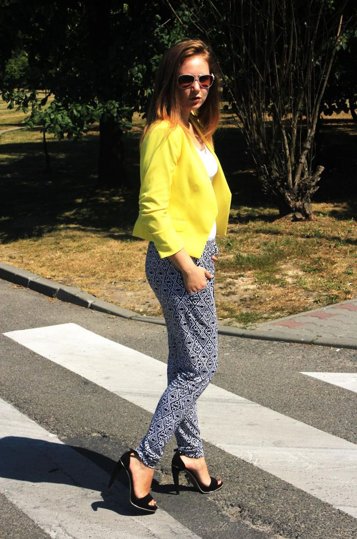 Yellow jacket H&M, Orsay trousers  http://4weloveit.blogspot.com/2013/08/zota-marynarka-h-spodnie-orsay-yellow.html#more