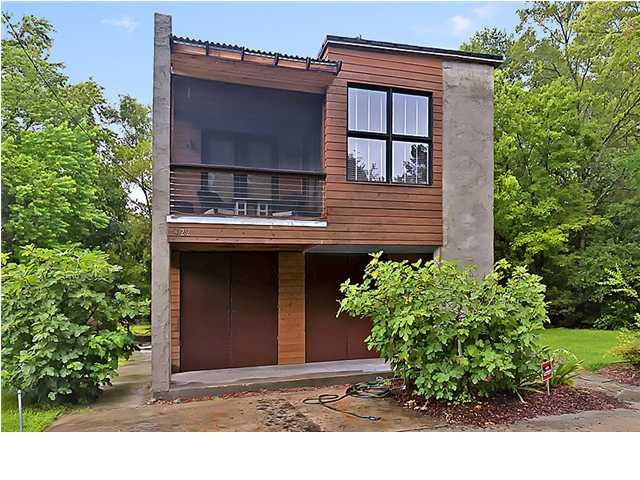 422 Priestly this Eco carriage house sits on a large lot ready