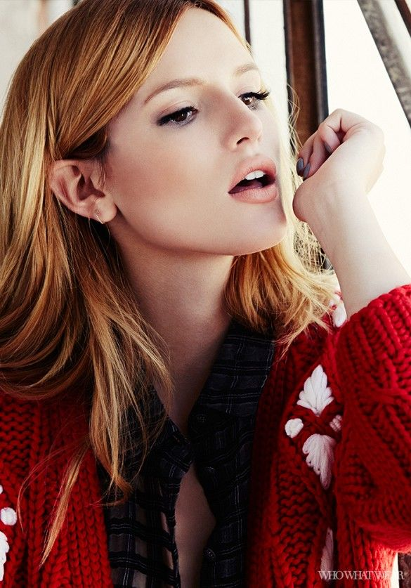 Bella Thorne looks stunning in this red Miu Miu cashmere sweater. // #Style