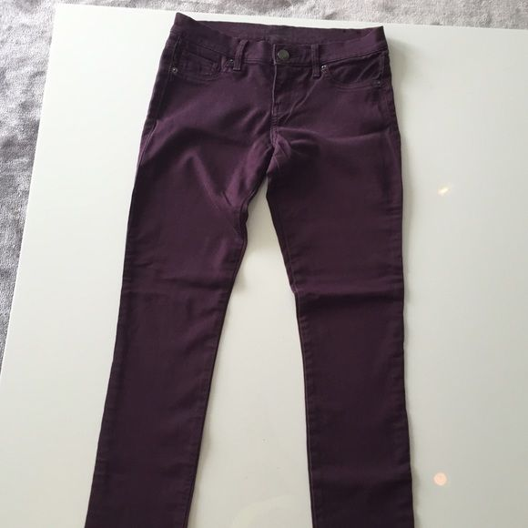 Express plum jean leggings express jeggings in a dark plum. stretchy spandex and cotton. size 2 Express Jeans Skinny