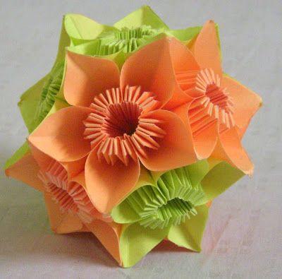 Origami: Kusudama - Butterfly