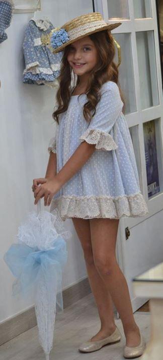 Vestido-Leonor-celeste-de-Marina´s.jpg (324×713)